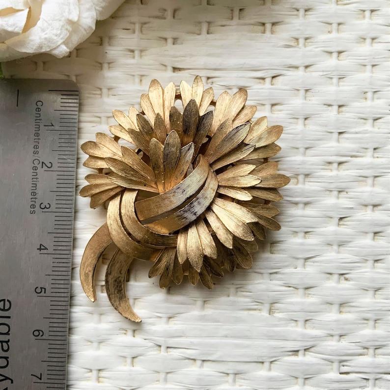 Elegant Brooch Gift Idea Vintage TRIFARI Floral Textured Gold Tone Brooch Classy Brooch