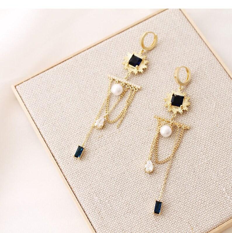 Chandelier pearl Chain Earring,Chain Dangle Earring,Pearl earring,Long Dangle Earring,Long Chain Earring.