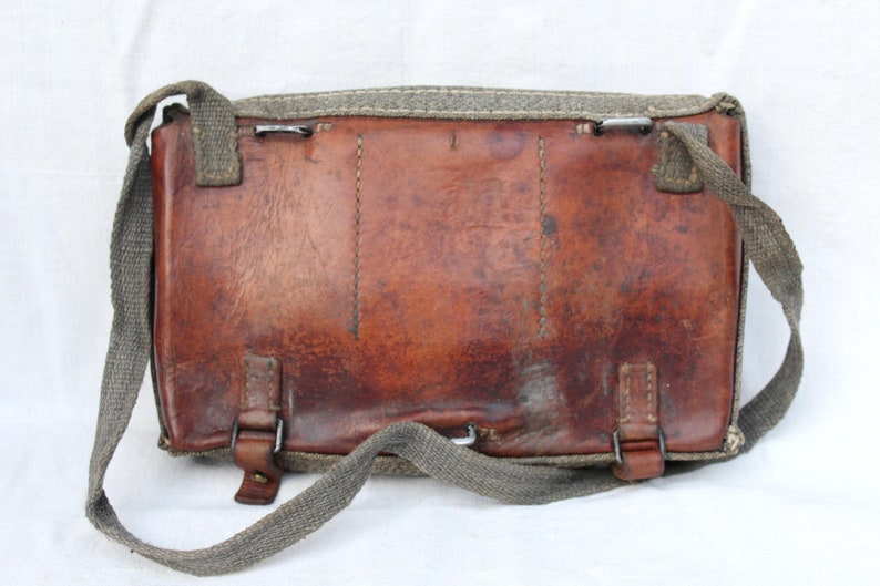 Lovely Rare 1941 Ww2 Era Swiss Military Army Leather Binocular Case Great Condition Cameras & Photo