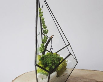 Geometric Terrarium / Wall Crystal / Stained Glass Terrarium / Handmade Glass Planter / Stained glass vase