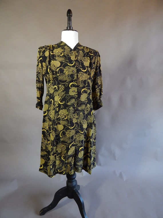 Fantastic vintage 1940s black and yellow novelty l