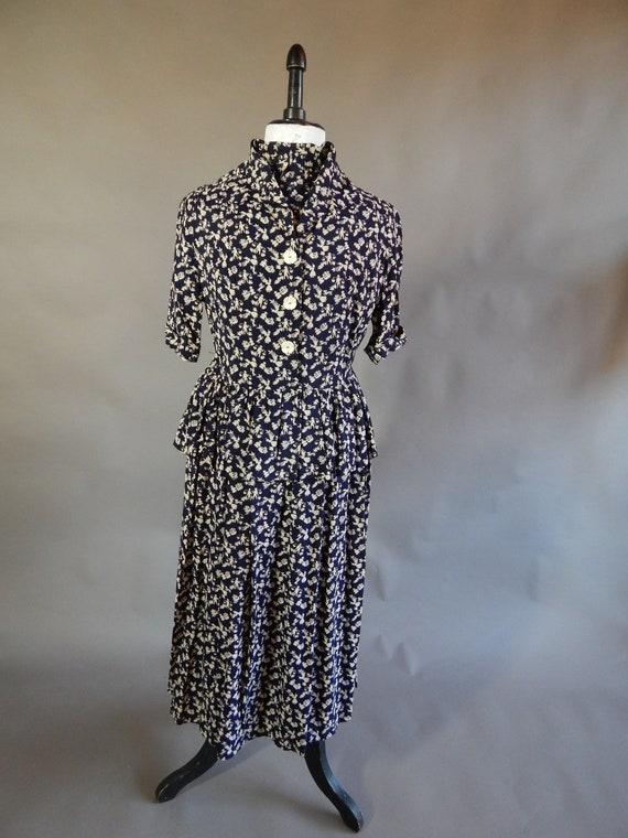 Vintage 1940s 1950s pemplum novelty print dress