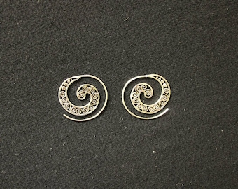 Silver plated - spiral wave