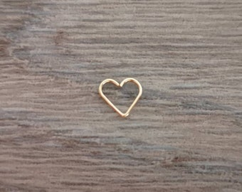 9ct solid gold daith heart earring * 9ct gold daith earring * 9ct gold daith earring UK * Heart daith earring * Cute daith earring