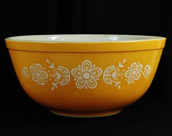 Vintage Pyrex Butterfly Gold Ovenware Mixing Bowl 403, 2 1/2 Quart, Circa: 1972~1981, Beautiful!