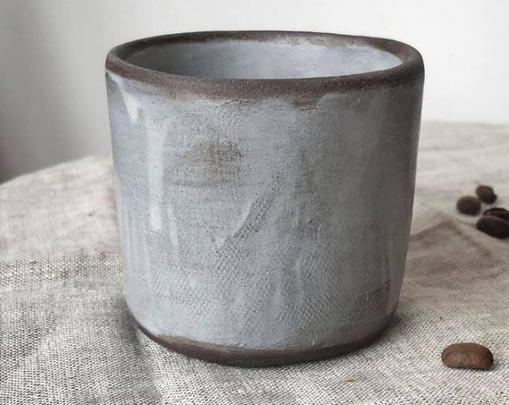 Coffee cup in Soft Grey Linen