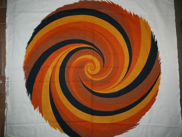 L'ouragan - Curry Curry Curry Melin - Strömma - Suède - tourbillon - Scandianvian - tissu - Wall Art - artisanat 8ff808