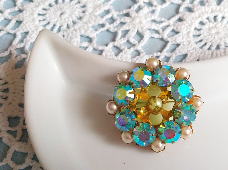 Retro rhinestone brooch Vintage turquoise broach pin Round brooch Jewelry 70s Unique badge