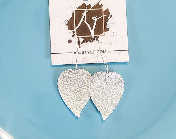 Meghan Markle Earrings / Silver Earrings / Leather Earrings / Drop Earrings / Leaf Earrings / Duchess / Statement Earrings / Gift for her