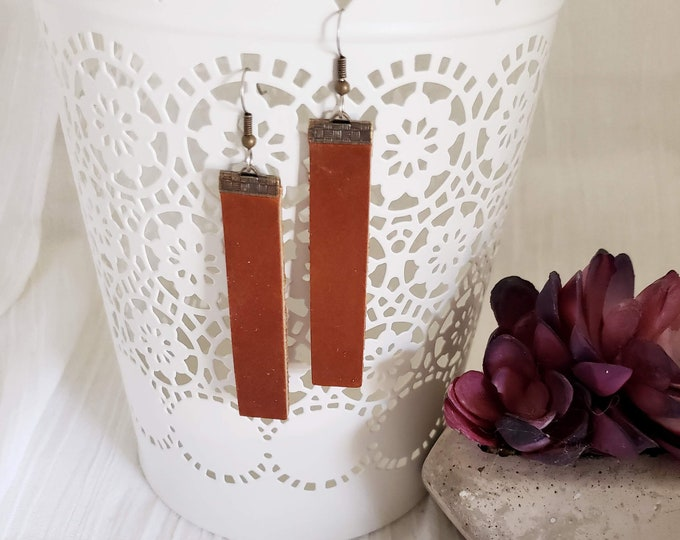 Brown / Leather Bar Earrings / Rustic / Boho / Similar to  / Statement Earrings / Lightweight & Comfortable / Medium