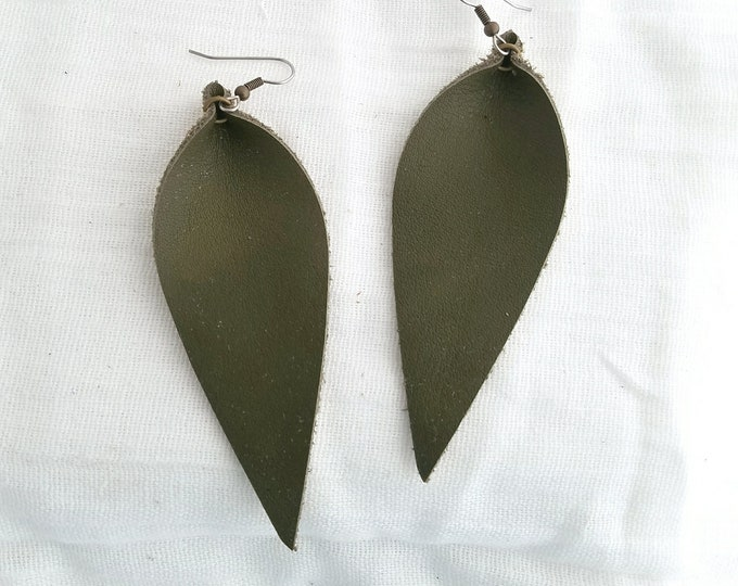"""Olive Green / Leather Earrings/ FREE SHIPPING / Joanna Gaines / Magnolia Market / Zia / Statement / Leaf / Lrg / 3.5""""x1.25""""/ Hypoallergenic"""