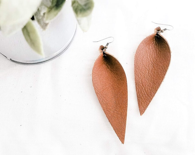 Genuine Leather Earrings / Brown / Long Leaf Earrings / Feather Earrings / Large Earrings / Statement Earrings / Leather Jewelry / Boho