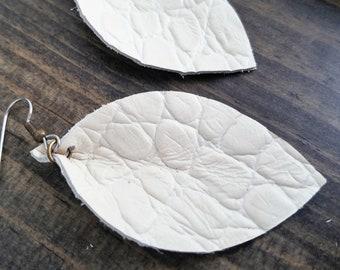 White Leather Earrings / Antique White / Leather Leaf Earrings / Statement Earrings / White Earrings / Dangle Earrings / Drop Earrings /Gift