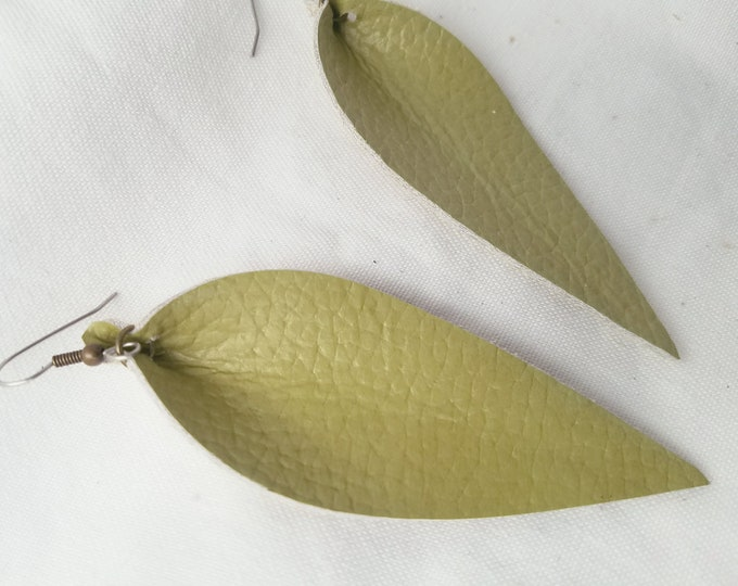 """Green Tea / Leather Statement Earrings / FREE SHIPPING/ Joanna Gaines / Zia Inspired / Leaf / Lrg / 3.25""""x1.25""""/ Hypoallergenic / Gift"""