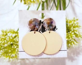 Acrylic & Leather Disc Earrings / Garden Party / Nude Earrings / Leather Earrings / Acrylic Earrings / Retro Earrings / Acrylic Acetate