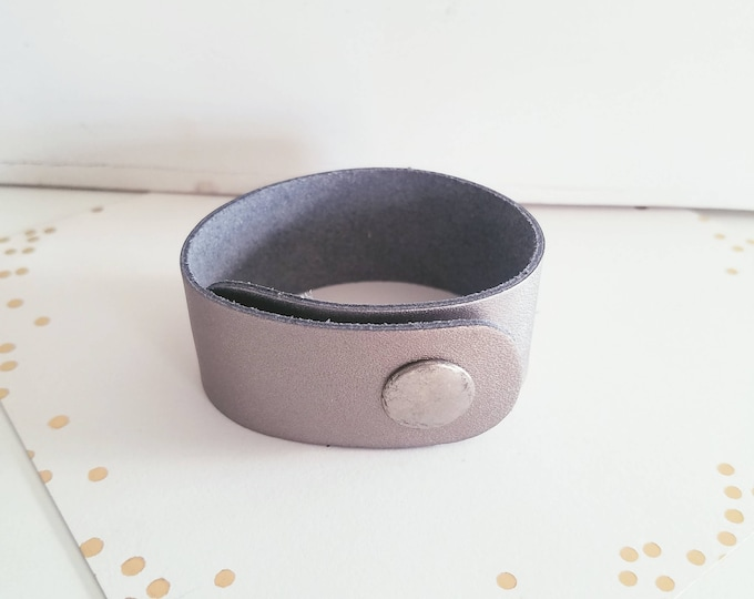 "Pewter Metallic / Leather Cuff Bracelet / FREE SHIPPING / Joanna Gaines / Fixer Upper / Magnolia Market / Snap Closure/ 1""x 9"" / Adjustable"