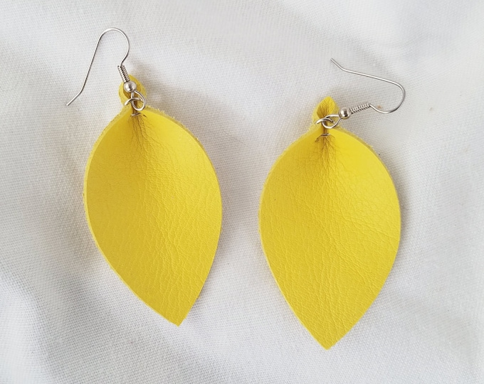 "Daffodil / Leather Statement Earrings / FREE SHIPPING / Joanna Gaines / Magnolia Market / Zia / Leaf / 2.5""x1.25""/ Hypo-Allergenic / Spring"