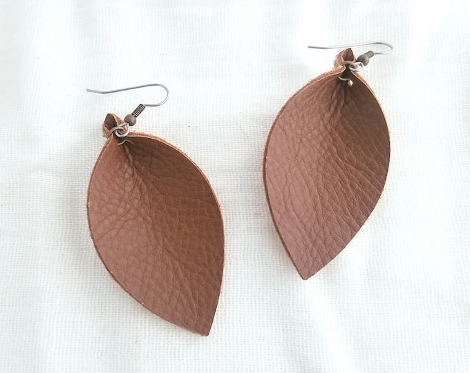 "Leather Leaf Earrings/ Brown / Joanna Gaines Earrings / Boho Leaf Earrings / Medium (2.5 x 1.25"")"
