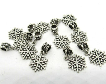 10 Antique Silver Snowflake Style Charm Dangle Beads (B501h)