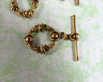 Antique Gold Toggle Clasps 21*17mm (B316f)