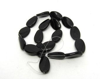 1 Twisted Oval Glass Bead Strand 20 x 12mm Black (B507i1)