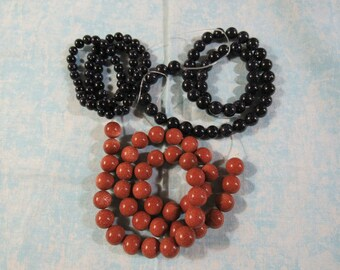 6,8 or 10mm Round Goldstone Beads (B19/108)
