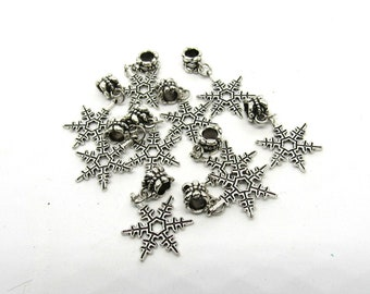 10 Antique Silver Snowflake Style Charm Dangle Beads (B501i)