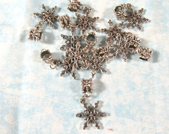 10 Antique Silver Snowflake Style Charm Dangle Beads (B488b/501f)