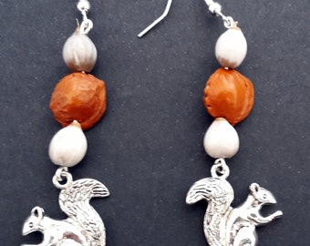 Nature earrings, squirrel with seeds