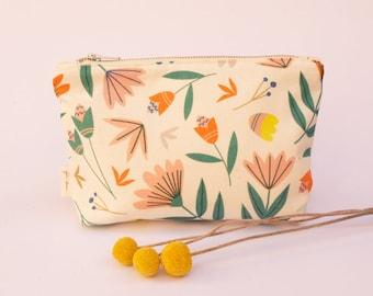 Zip Purse | Zip Pouch | Purse | Make-up Purse | Pencil Case | Handmade | Melbourne Made | Floral Toss Print