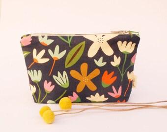 Zip Purse | Zip Pouch | Purse | Make-up Purse | Pencil Case | Handmade | Melbourne Made | Blue Garden Print