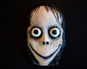 Momo statue | Etsy