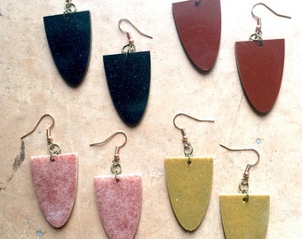 Natural Mineral Pigment in Epoxy Resin Color Block Shield Earrings, Hand Harvested Mineral Pigment Statement Resin Earrings, Earth Tone NM14