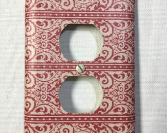 Outlet Cover - Red Vintage