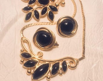 Trifari Set In Black and Gold