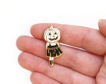 Pumpkin head girl enamel pin - Hard enamel pin