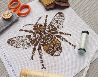 Variegated Bumble Bee Cross Stitch Pattern PDF | Chart for Colour Variations, Coloris, ThreadworX, or Hand-Dyed Floss