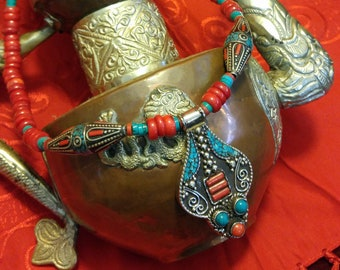 Elegant red and turquoise Nepalese pendant statement necklace, with polished coral beads // artisan, handmade, unique, one of a kind