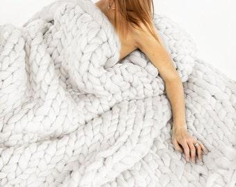 Super Chunky white blanket Knitted Merino Wool Gifts, Wool blanket, Knitted blanket, Chunky Knit Throw, super bulky Extreme Knit Blanket