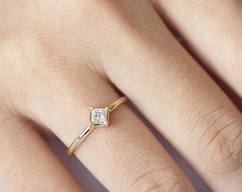 0.18CT Princess Diamond Solitaire Ring, Square Diamond Engagement Ring, 14k Solid Gold Diamond Ring, Princess Cut Diamond Engagement Ring