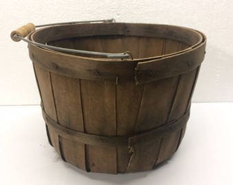 Vintage Split Wood Basket Rustic Fruit Egg Gathering Farm Primitive