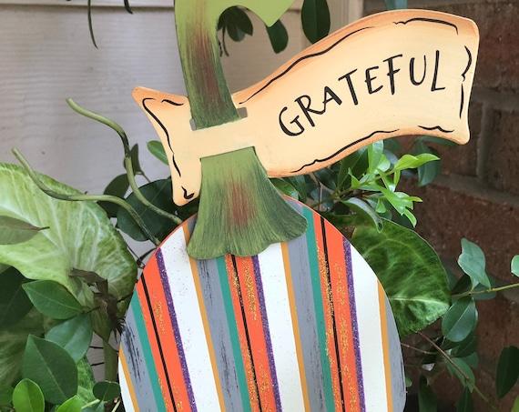 GRATEFUL Mini PUMPKIN Metal Sign, Fall pumpkin sign, Round Top Collection sign, fall decor, fall pumpkin yard art