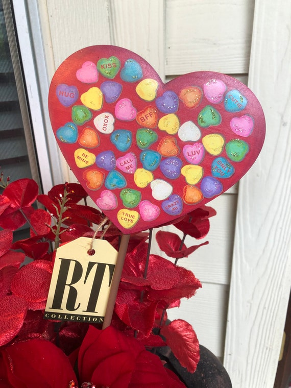 Small talking HEART metal VALENTINES YARD, vase or potted plant Sign, valentine yard sign, heart sign, candy heart sign