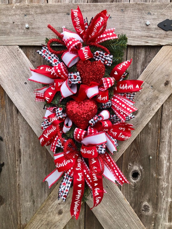 Custom VALENTINES HEART Teardrop WREATH, love heart swag, front door wreath