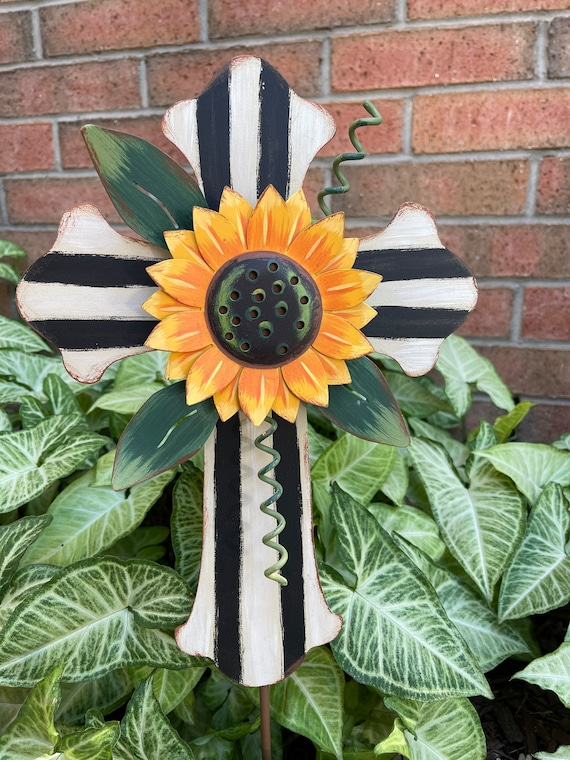 BLACK and WHITE PUMPKIN Stripe Sunflower Cross Metal Sign, yard sunflower cross, Fall pumpkin sign, fall Round Top Collection sign