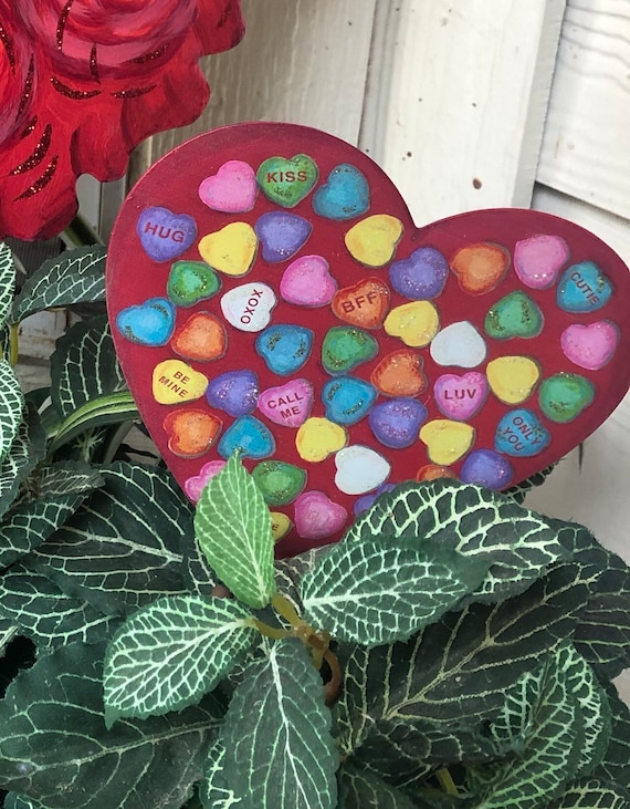 Small conversation HEART metal VALENTINES SIGN, yard or potted plant Sign, valentine yard sign, heart sign, candy heart sign