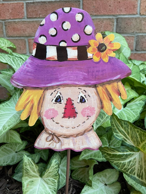SCARECROW Metal Sign, fall yard Sign, fall  Round Top Collection sign