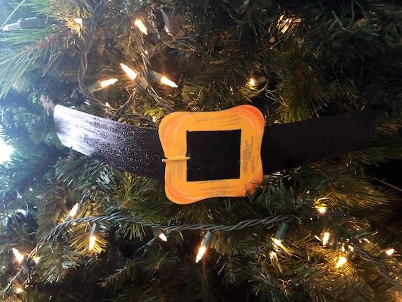 SANTA BELT METAL sign, Round Top Collection, Santa Belt, Santa Belt Wreath decor, Santa Belt Decoration, Santa Belt Tree Ornament
