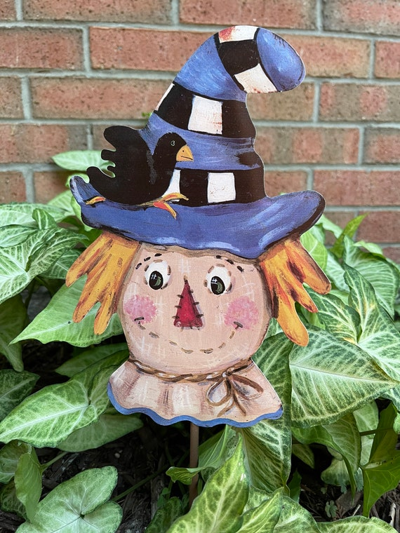 SCARECROW black and white & blue checkered Metal Sign, fall yard Sign, fall  Round Top Collection sign