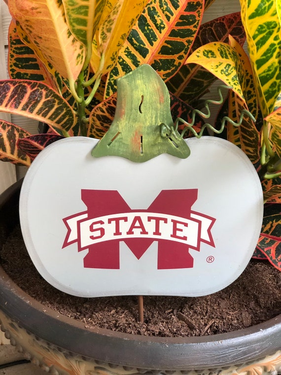 MISSISSIPPI STATE College BULLDOGS Fall pumpkin sign, Round Top Collection metal sign, Mississippi college sign, Mississippi state yard sign